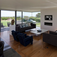 Contemporary Family Room by JAMIE FALLA ARCHITECTURE