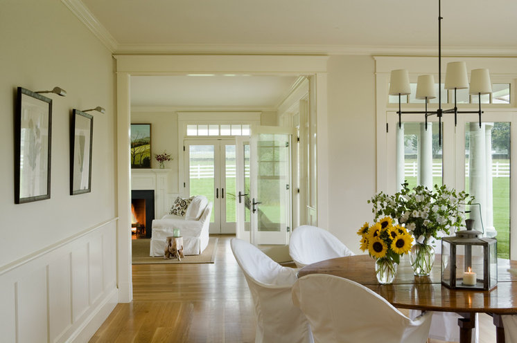 Traditional Living Room by Aquidneck Properties