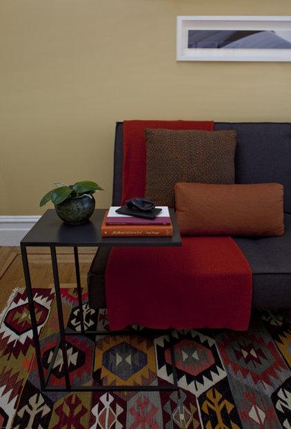 Modern Living Room by Jennifer Gustafson Interior Design