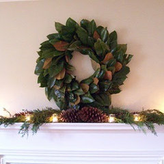 eclectic living room Christmas Mantle - Magnolia Wreath