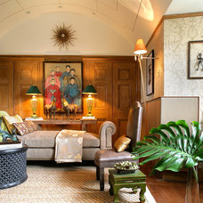Eclectic Living Room by Minion Gutierrez