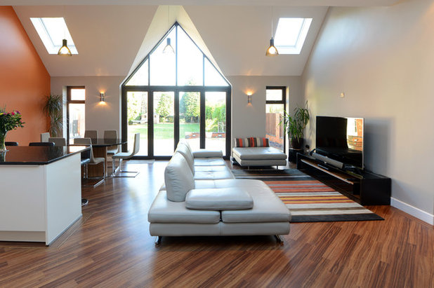Contemporary Living Room by Probuild360