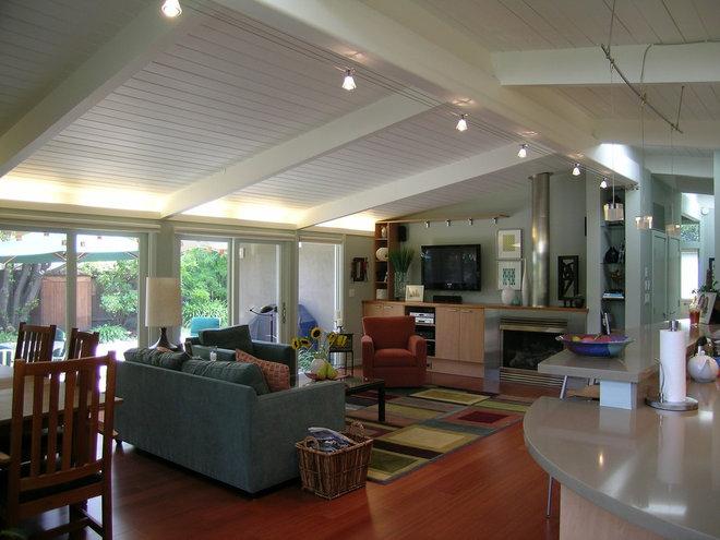 Contemporary Living Room by Tali Hardonag Architect