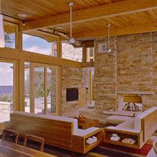 Modern Living Room by Eifler & Associates Architects