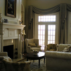 Traditional Living Room by JB Interiors, Inc.