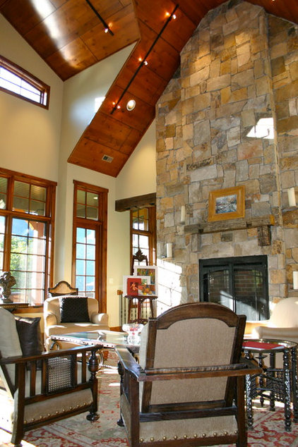 Traditional Living Room by Markim Construction, LLC