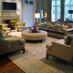 contemporary living room by The Designers Niche