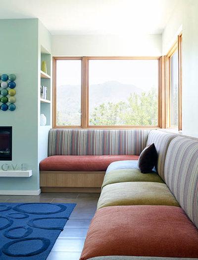 Modern Living Room entry stair