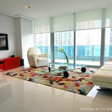 Modern Living Room by Guimar Urbina | KIS Interior Design