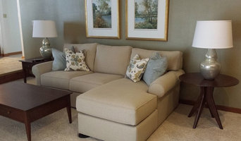 ETHAN ALLEN Traditional Earth Toned Living Room