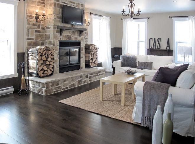 Contemporary Living Room by Eurêka! Design