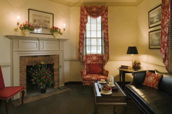 Farmhouse Living Room Ewing House Colonial Williamsburg