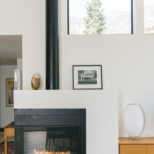 exposed flue at corner fireplace
