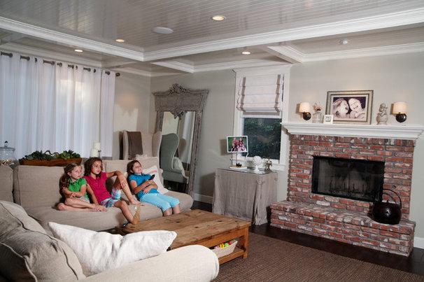 Contemporary Living Room by Darci Goodman Design