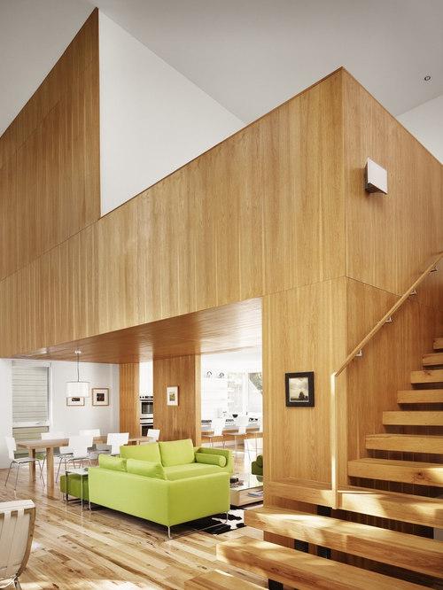House Wood Paneling: Vertical Wood Walls