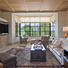Contemporary Living Room by chas architects