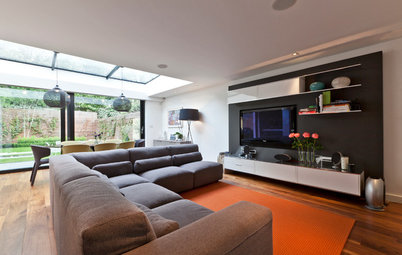 Design Debate: Is It OK to Hang the TV Over the Fireplace?
