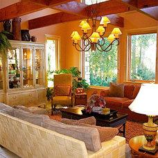 Mediterranean Living Room by InterDesign Studio