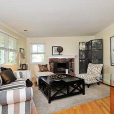 Living Room by Nunley Custom Homes