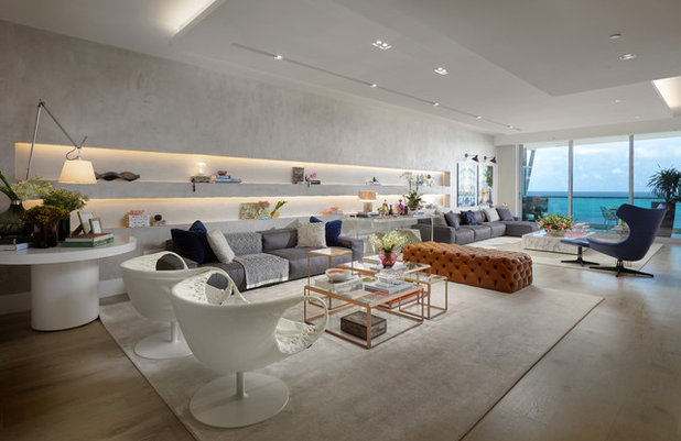 Contemporary Living Room by DESIGN SOLUTIONS