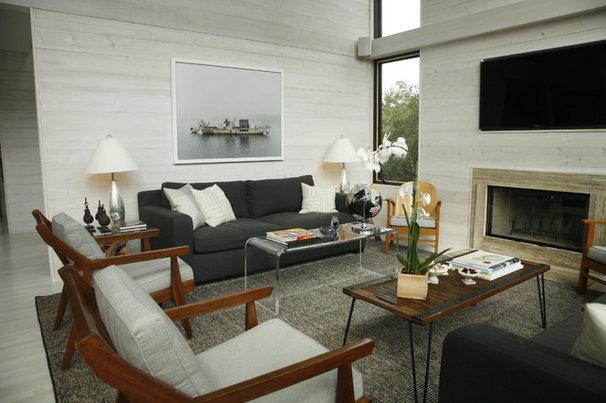 Beach Style Living Room by Eddie Lee Inc