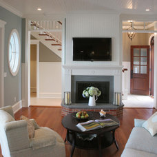Beach Style Living Room by Asher Associates Architects