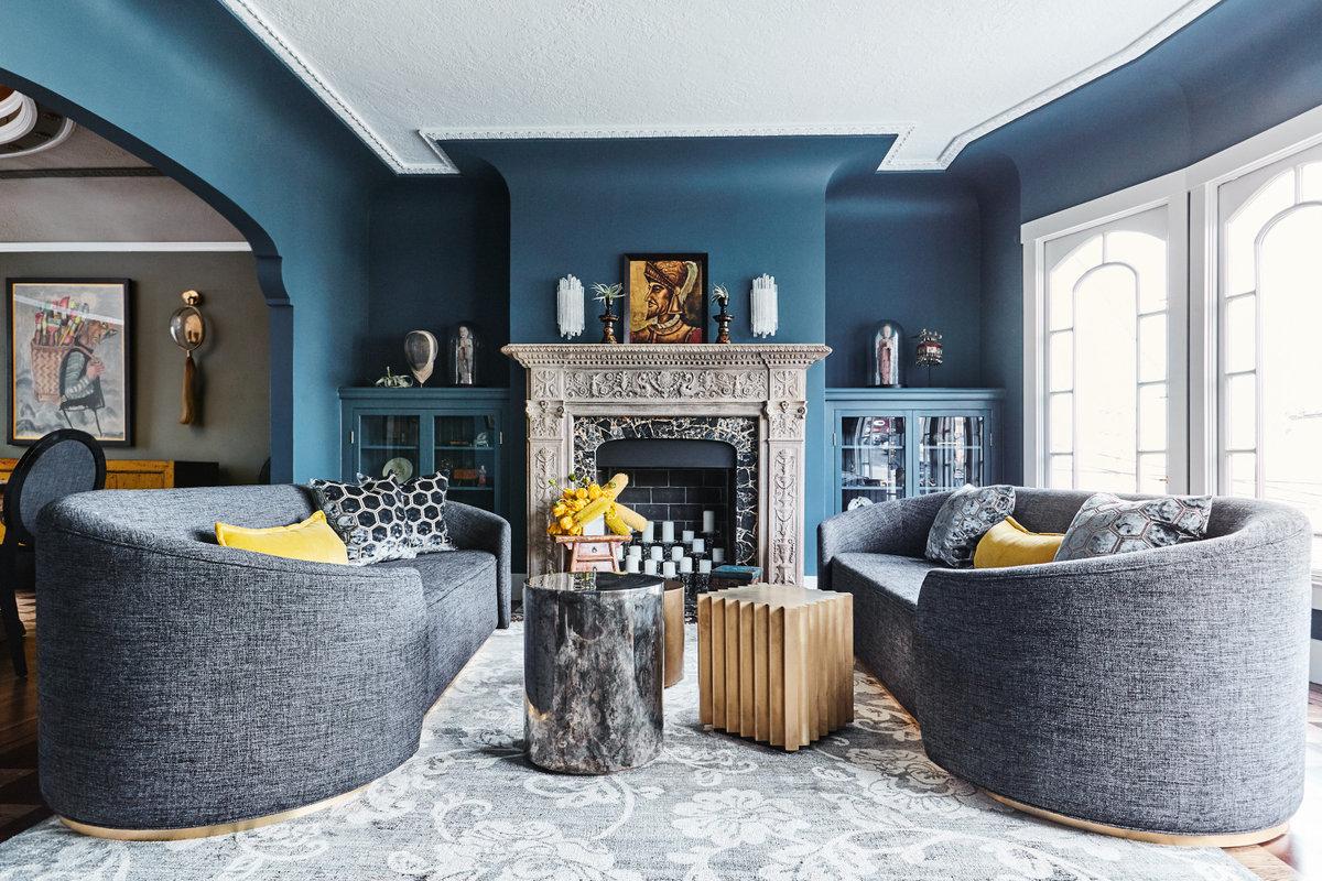 Firehouse Family House - Living Room