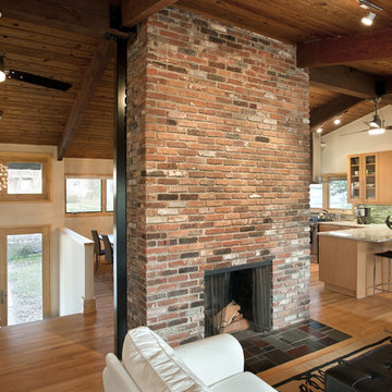 Fireplace at the center