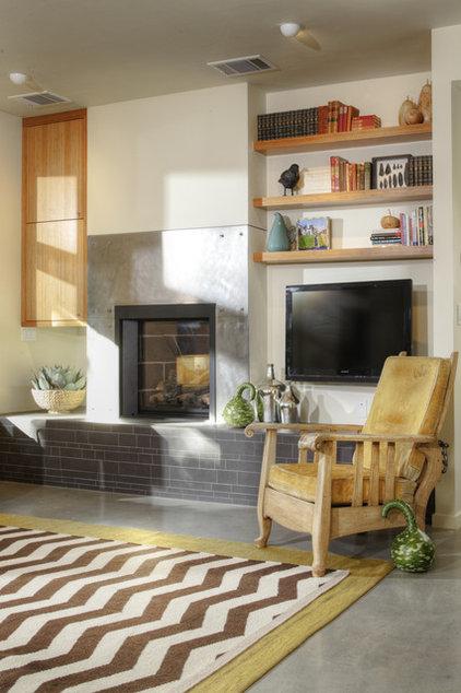 Modern Living Room by MAK Design + Build Inc.