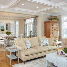 Traditional Living Room by Sears Architects