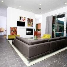 Modern Living Room by Brandon Construction Co. Inc.