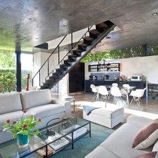 Contemporary Living Room by David Hertz & Studio of Environmental Architecture