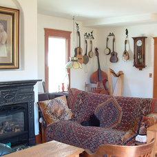 Eclectic Living Room Fl!p Breskin
