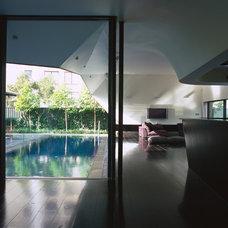 Contemporary Living Room by Dale Jones-Evans Pty Ltd Architecture