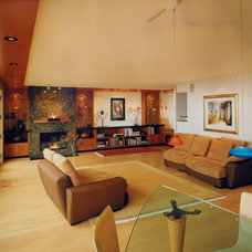 Contemporary Living Room by Kaplan Architects, AIA