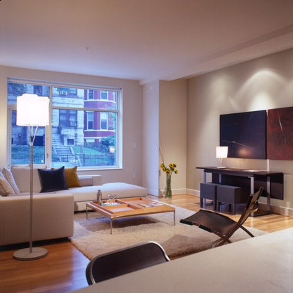 modern living room by FORMA Design