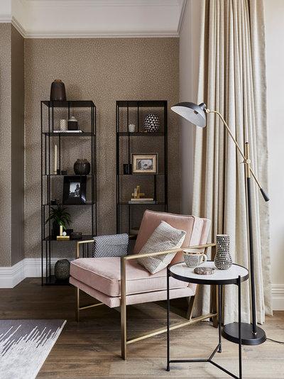 Modern Living Room by Cherie Lee Interiors