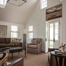 Contemporary Living Room by Laura Hay DECOR & DESIGN Inc.