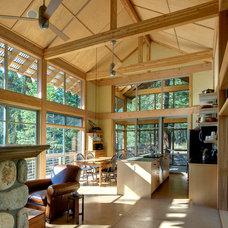 Modern Kitchen by Balance Associates Architects