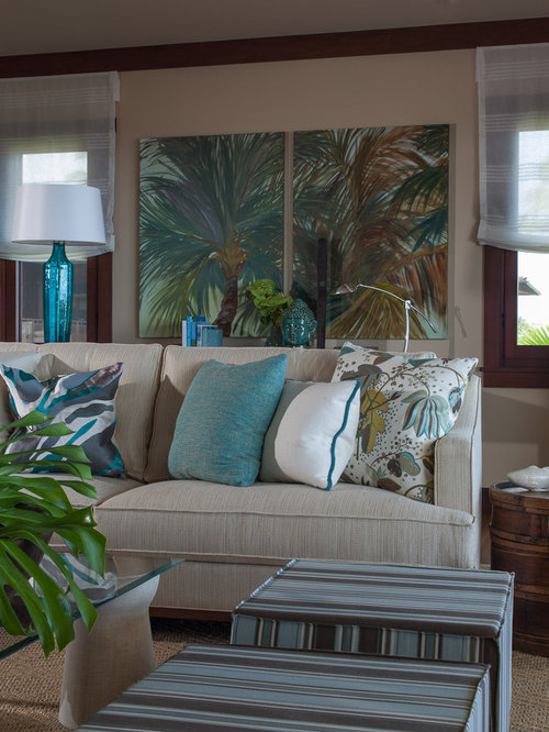 World inspired living room design ideas renovations for Tropical living room ideas pictures