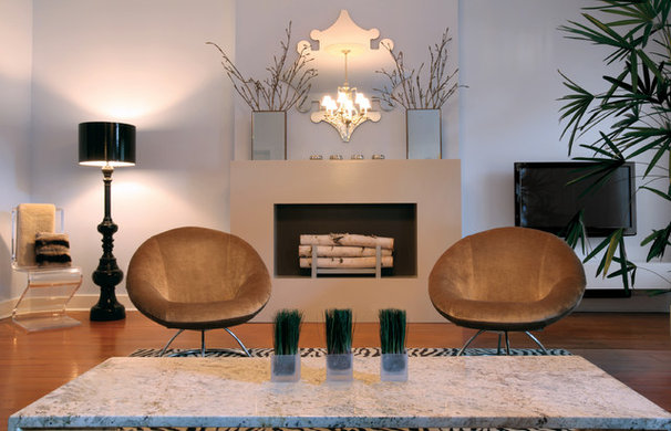 Modern Living Room by Reynaldo Gonzalez Design
