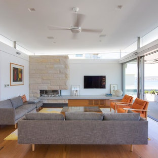 Photo of a contemporary living room in Sydney.