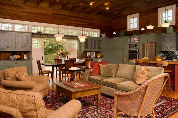 Farmhouse Family Room by Roger Turk/Northlight Photography