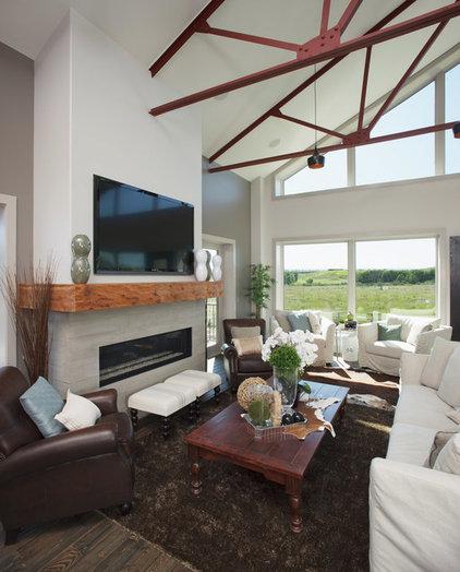 Contemporary Living Room by Malbec Homes & Renovations Inc.