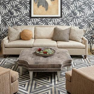 他の地域のトロピカルスタイルのおしゃれなリビング (フォーマル、マルチカラーの壁、コンクリートの床、ベージュの床) の写真