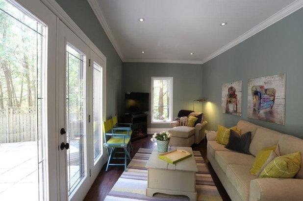 Transitional Living Room by Dalerose Homes