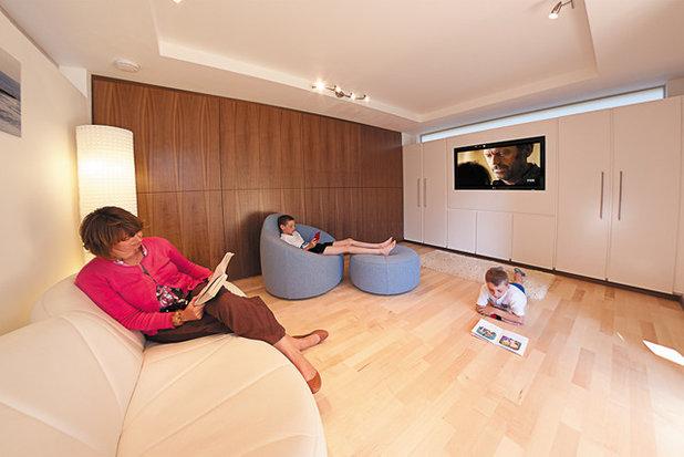 Contemporary Living Room by eDEN Garden Rooms