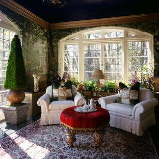 Modelo de salón para visitas cerrado, bohemio, grande, sin televisor, con paredes verdes