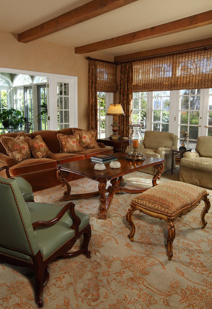 Traditional Living Room by GARY FINLEY, ASID