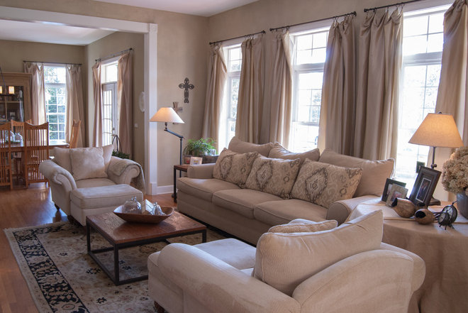 Farmhouse Living Room by Adrienne DeRosa